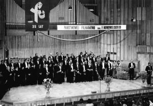 Orkiestra Symfoniczna Filharmonii w dniu swojego 35. Jubileuszu